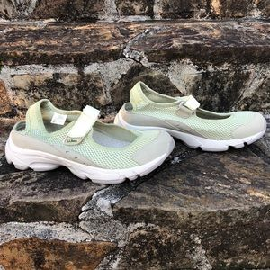 L.L Bean Mary Jane Sport Sneakers